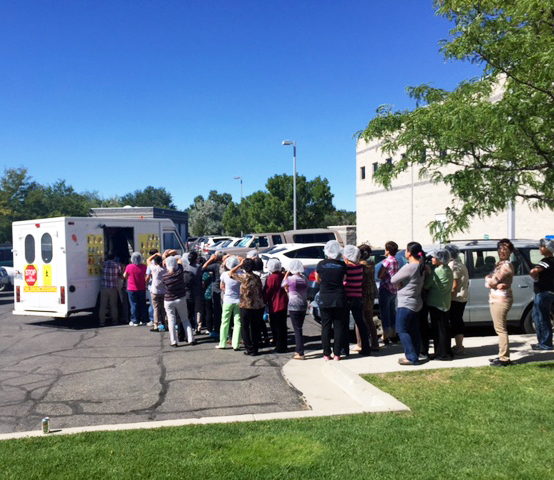 Picture of CI Employees at Icecream Truck